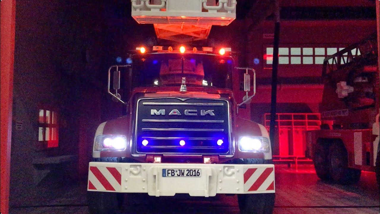 Trucks And Toys >> BRUDER Toy TRUCKS Fire Engine ALARM 🚑 Bruder Construction ...