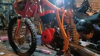 Pemasangan mesin satria fu di rangka Klx custom