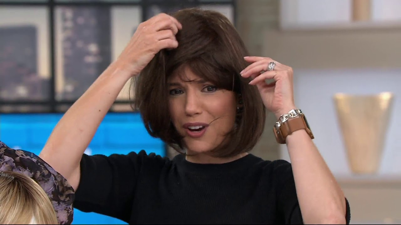 Hairdo Classic Page Cut Wig on QVC - YouTube