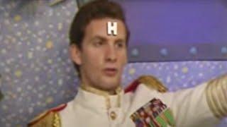 Kryten paints Rimmer - Red Dwarf - BBC comedy