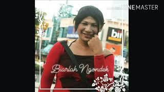 Gambar cover Qasidah Waria - Biarlah Ngondek (A capella version)