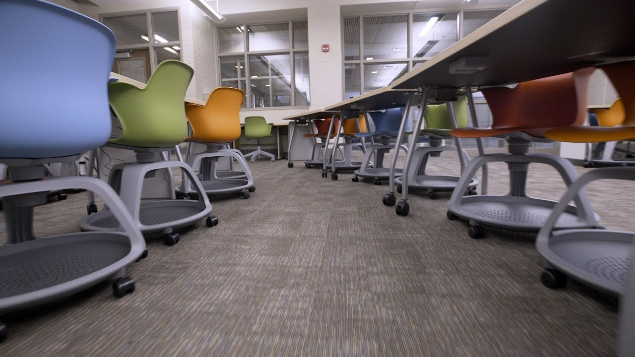 Grant helps Forest Hills Northern High School implement active learning — Steelcase Education