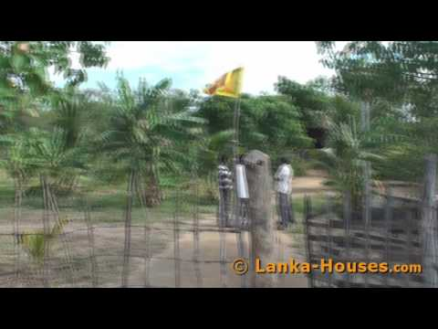 Land for Sale in Sri Lanka. Between Ocean and Lake.