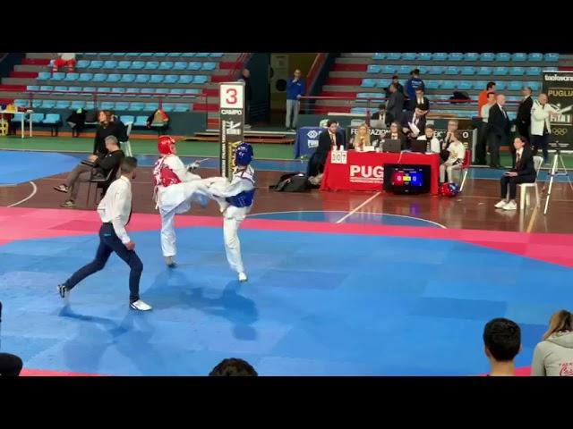 Andrea semifinale 1° round