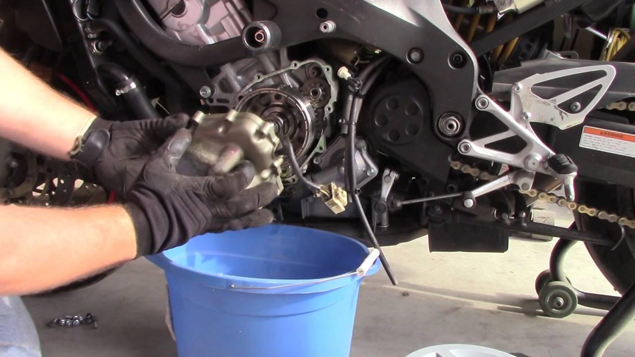 Honda Cbr 600 F4i Alternator Cover Replacement