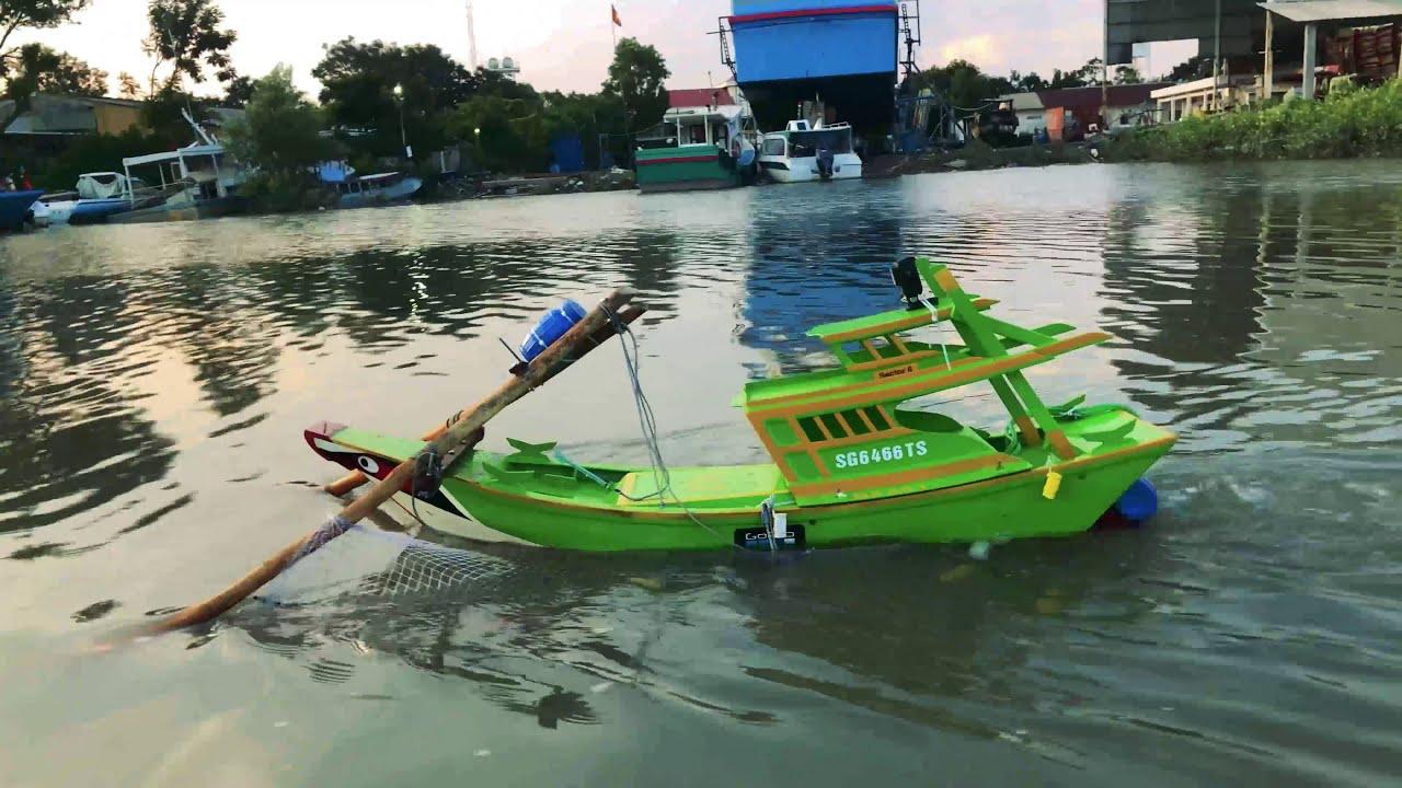 Chế thuyền Mô Hình sử dụng Motor 775 te cá