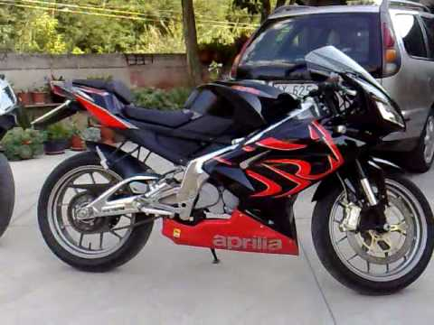aprilia rs 125 e derbi gpr 125 youtube. Black Bedroom Furniture Sets. Home Design Ideas