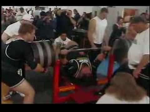 bench monster ryan kennelly lifts 1050