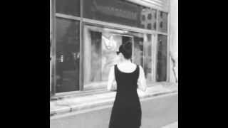 Breakfast at Tiffany's Opening Scene (Rare Video)