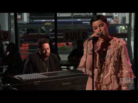 Nelly Furtado - Pipe Dreams (Live Performance at AOL Build)