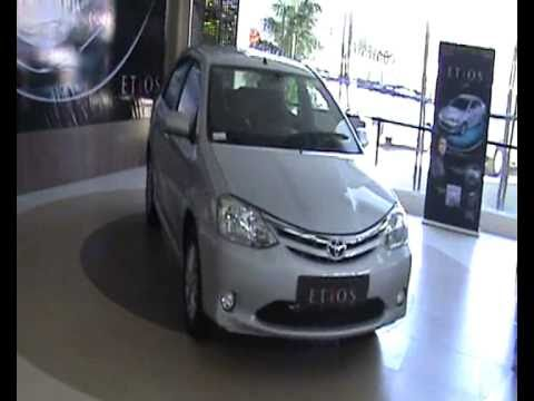 Apnagaadi Reviews Toyota Etios