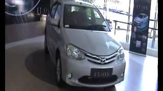 Apnagaadi Reviews Toyota Etios