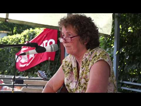 Anne Feeney in Sweden - Jail for Justice /...