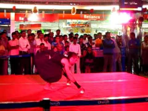 Crystal ball juggler at Oberon Mall Part II, Kochi, Kerala, INDIA