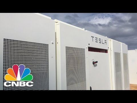 Tesla Opens A Solar Farm In Hawaii To Power Island After Dark | CNBC