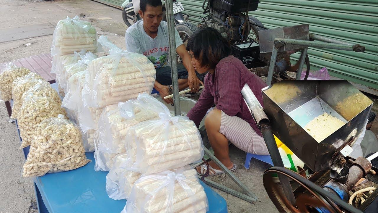 Cận cảnh máy nổ bánh ống gạo cực siêu ở Sài Gòn | bánh cống | street food of saigon