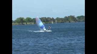VJ Leithal Too on a fast threequarter reach on Manning River Taree.AVI