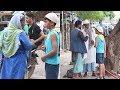 Muslim Kid Asked For Food During Ramzan Before Iftari. How Muslim People Reacted Is A Must Watch