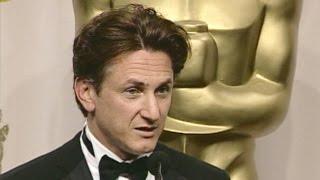 Sean Penn @ The Academy Awards 2004