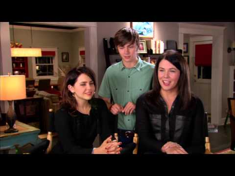Parenthood Season 5: Mae Whitman, Miles Heizer & Lauren Graham  On Set Interview