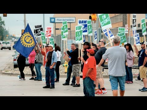Ending Temp Work Is at Center of Auto Workers Strike