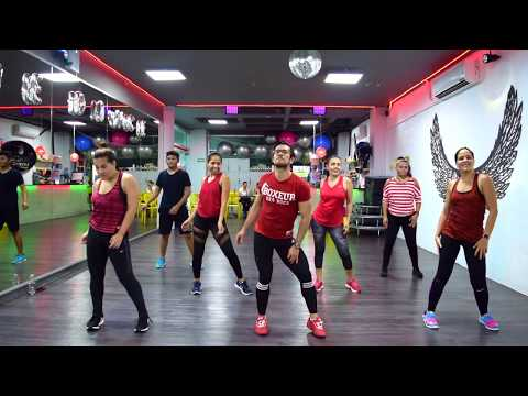 Felices los 4 - Maluma by Cesar James / Zumba Cardio Extremo Cancun