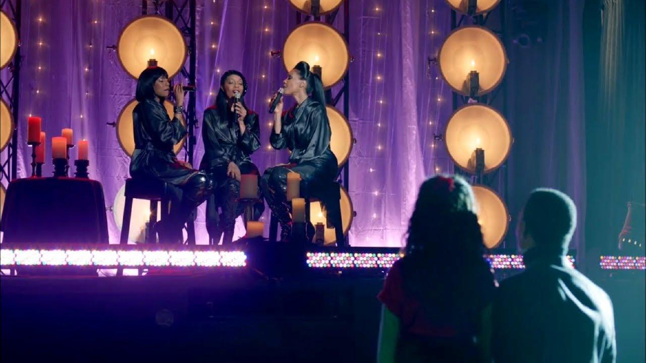 "Download En Vogue sings ""O Holy Night""   A cappella   Christmas Holiday Season"
