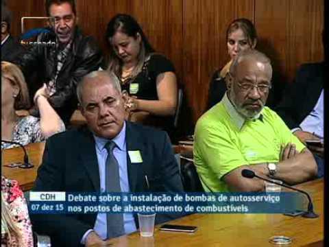Bomba de autosserviço em postos de combustíveis desempregará trabalhadores, diz Francisco Souza