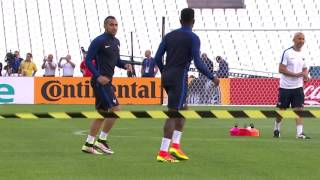 France training at Stade Vélodrome - 14.06