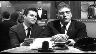 "Sweet Smell of Success (1957)- ""This one is toting that one... for you"" 1 min Film School"