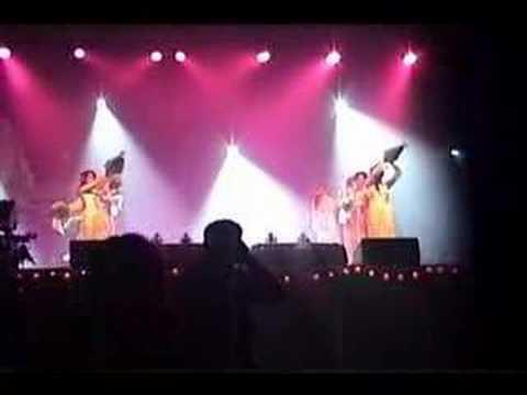 Mua Ngau Dance @ Dai Nhac Hoi Tinh Yeu Giang Sinh
