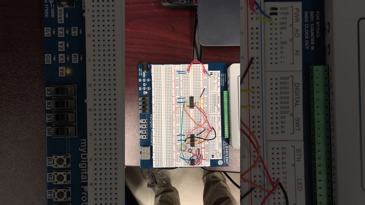 125 Clock Signals The 555 Timer Circuit Youtube Astable