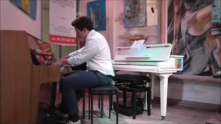Pianolessen in Almere bij Interactive Piano
