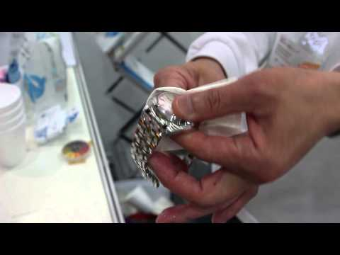 How To Clean A Watch Bracelet at home in 30 seconds.