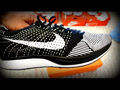 Trying on NIKE FLYKNIT RACER | AIR MAX 1 MOIRE | ESSENTIALS | HUARACHE ULTRA