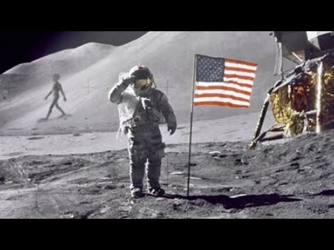 5 TERRIFYING Things Caught On The Moon!