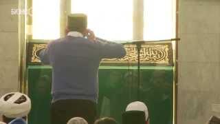В Казани у мечети
