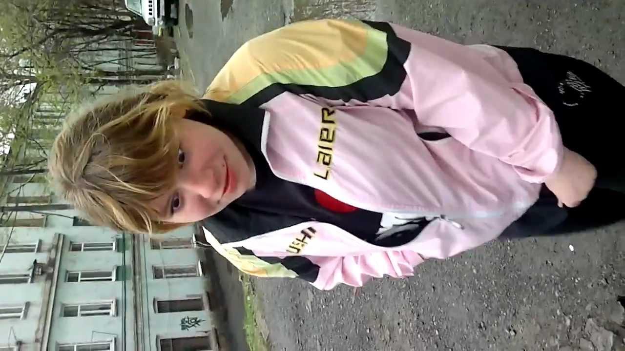 Видео девушка не добежала до туалета — 8