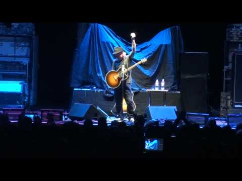 Corey Taylor (Stone Sour) Taciturn - (Live in Las Vegas) HD
