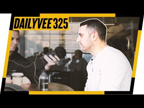 WHY ARE ARTISTS NOT DOING THIS? (ADVICE FOR RAPPERS) | DAILYVEE 325