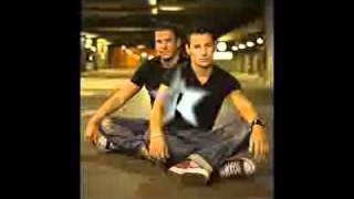 Andy y Lucas - Tanto la quería cantada por me  :3