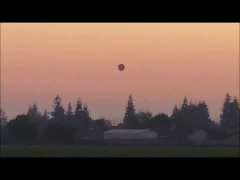 UFO Caught on video in Woodville, Tulare County, California