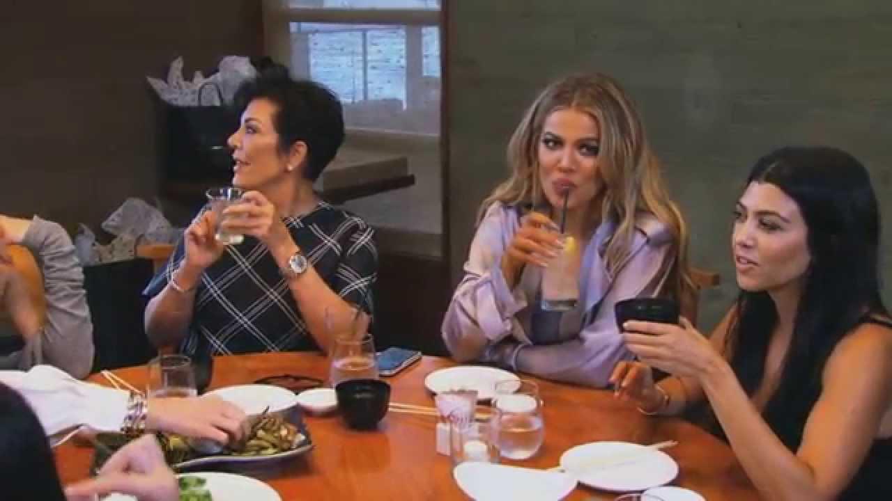 Keeping Up With The Kardashians | Episode 1104 | E! - YouTube