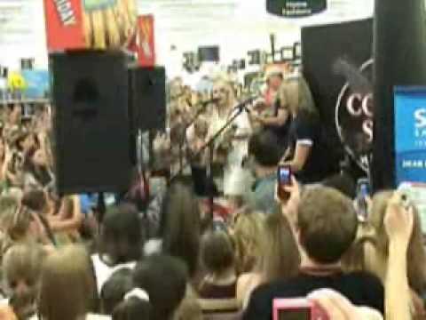 Taylor Swift at Walmart