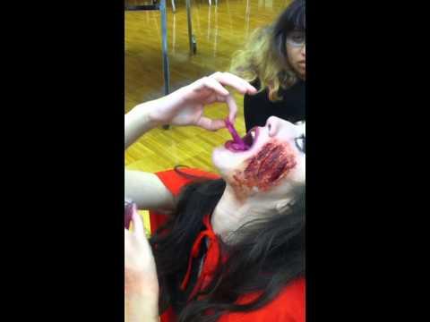Crazy girl eats lizard!
