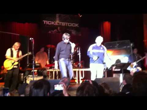 Fake Jerry Jones and Fake Wade Phillips Sing Katy Perry, Ticketstock 2011