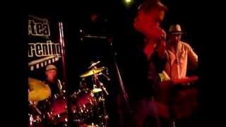 Video Bill Öhrström Boogie Band - Lång Lång Väg @ Sollefteå Bluesförening - nov 17, 2012 download MP3, 3GP, MP4, WEBM, AVI, FLV November 2018