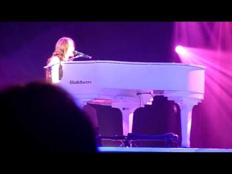 Miley Cyrus (HD) - When I Look At You (Wonderworld Tour, Live LG Arena Birmingham)