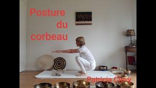 Posture du corbeau. Kundalini yoga. Patricia Clevy.