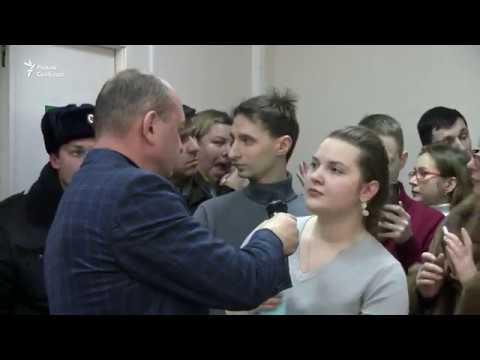 """""""Народ здесь власть!"""" Как москвичи выступили против чиновников"""